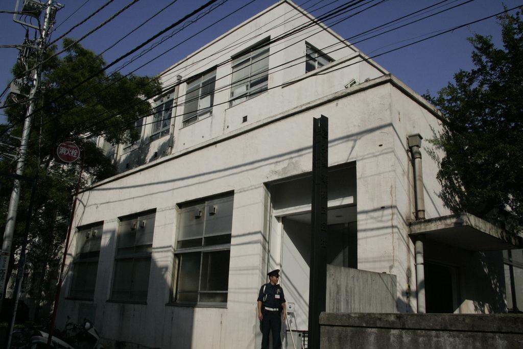闇営業で謹慎の芸人11人が仕事復帰へ 吉本興業発表
