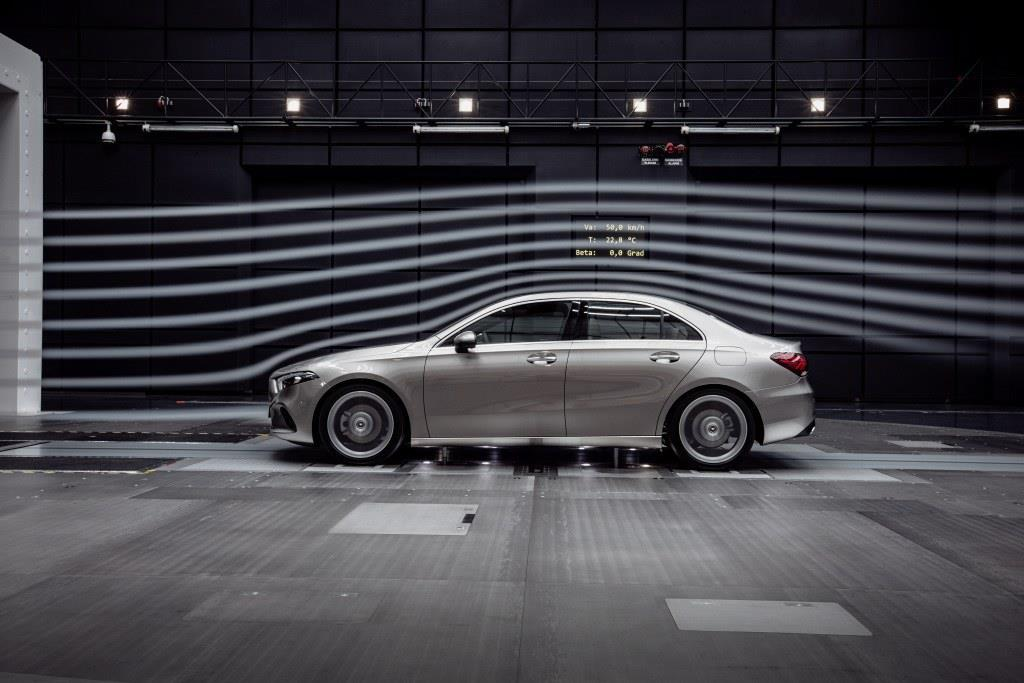 Cd値は0.22を達成。? Daimler AG - Global Communications Mercedes-Benz Cars
