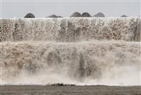 台風10号、西日本直撃 避難7千人超、5人けが