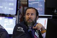 米債券、長短金利が逆転 12年ぶり、景気後退に懸念