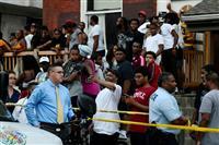 米フィラデルフィアで銃撃 警察官6人負傷 容疑者立てこもり