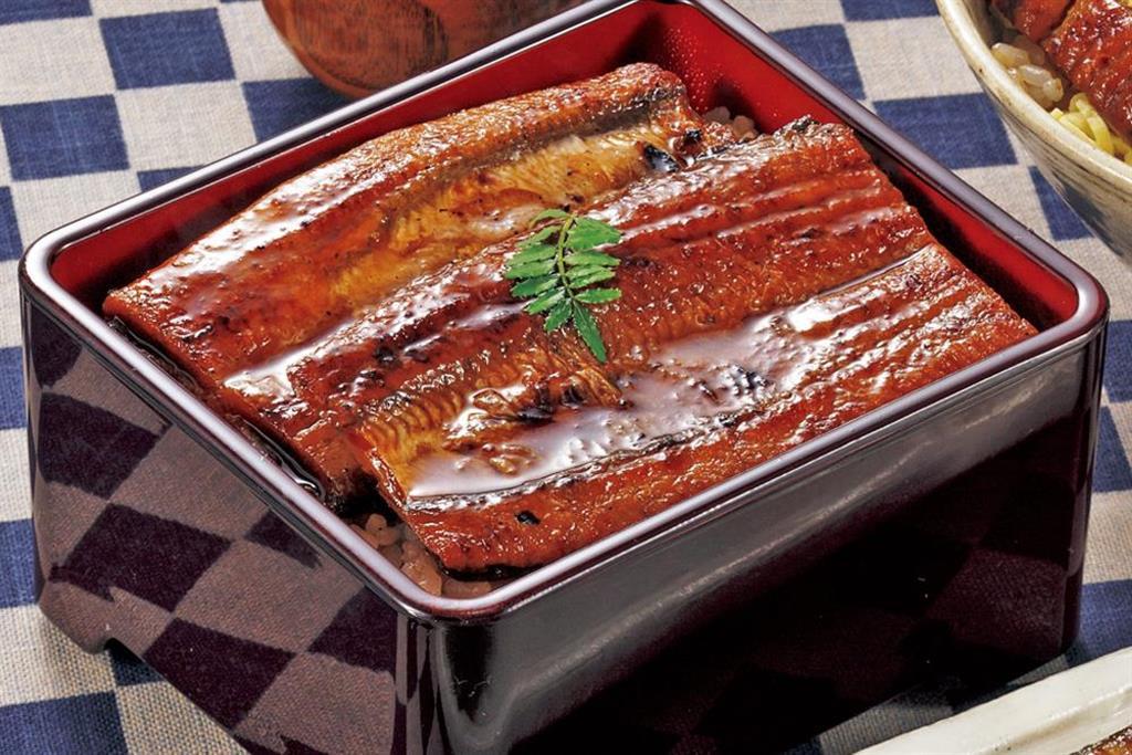 スタミナ食の代表格うなぎ!じっくりこだわりのかば焼きがご家庭でお手軽に。