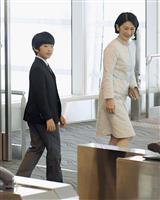 海外経験「糧」に 陛下、秋篠宮さまも