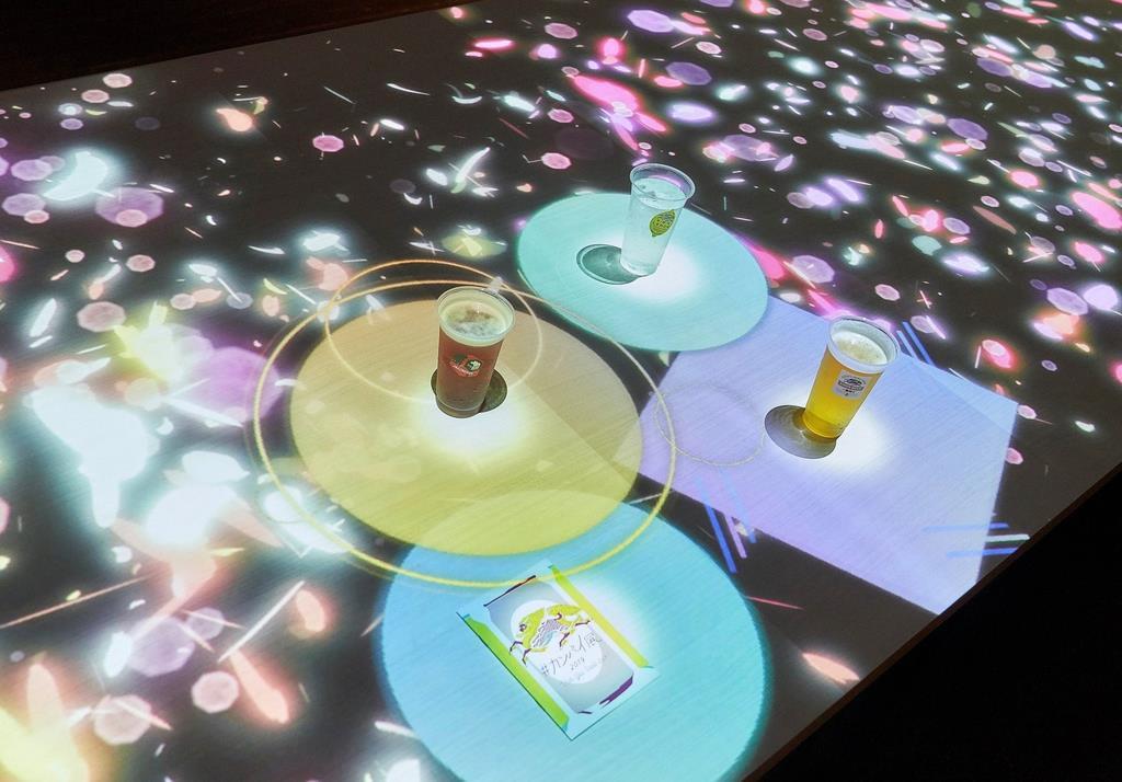 キリンホールディングスが提供する、体験型エキシビション「#カンパイ展」の今年の様子=横浜市中区の横浜赤レンガ倉庫1号館