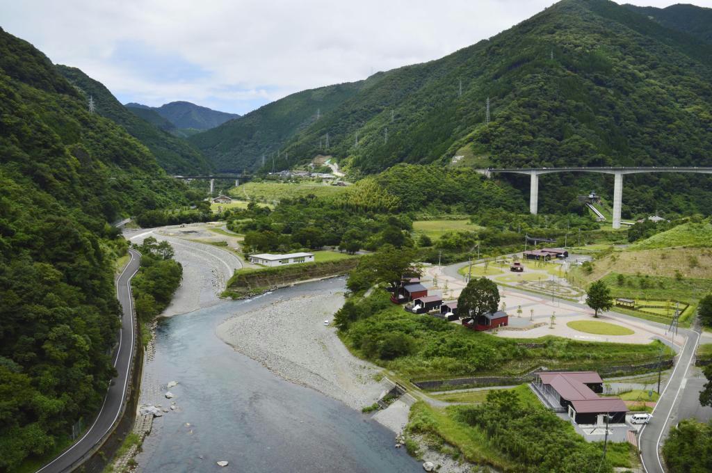 熊本県五木村の水没予定地周辺。宿泊施設などが整備された