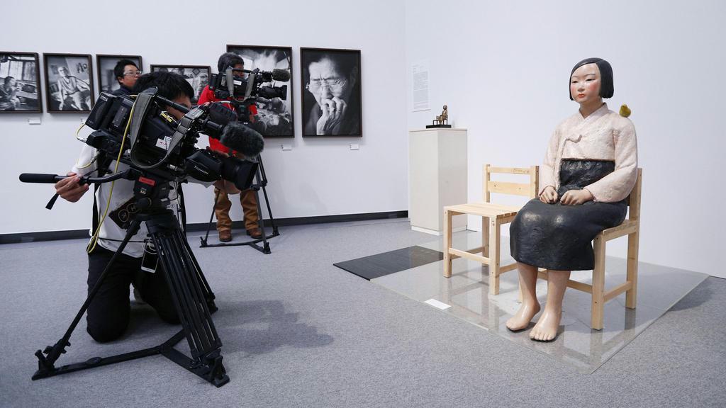 【社説検証】愛知の企画展中止 産経「ヘイト行為許すのか」 朝日「表現の自由傷つけた」