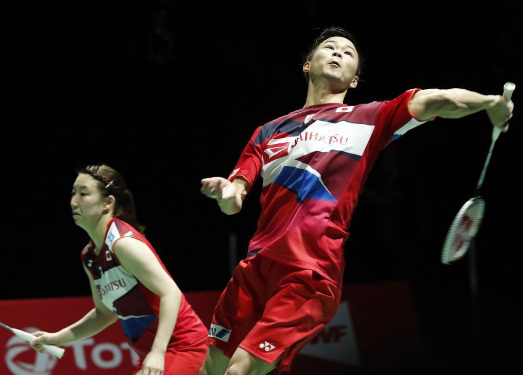 渡辺、東野組が混合複で日本勢初のメダル獲得 バドミントン世界…
