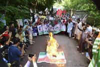 カシミール問題で国際社会に訴えるパキスタン 軍事的緊張は回避