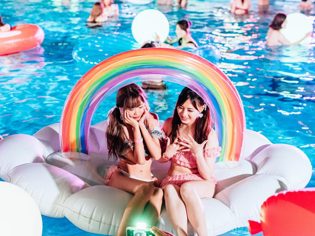 「CanCam」のナイトプールが広島にも登場 インスタ映えで…