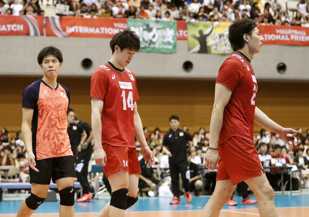 バレー男子、中国に敗れる 国際親善試合