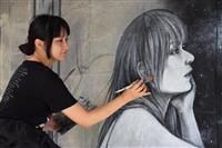 招待画家が早くも絵画制作 九度山「アートウィーク」、来月29日開幕