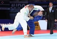 原沢、前回王者を下して決勝へ 世界柔道