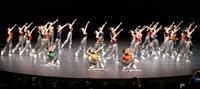 中学校ダンス部選手権 東京の三田国際学園中が優勝