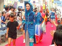 中高生がデザイン競う 宇都宮でファッションショー