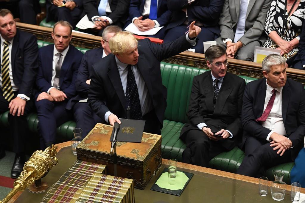 ジョンソン英首相=3日、ロンドン(ロイター)