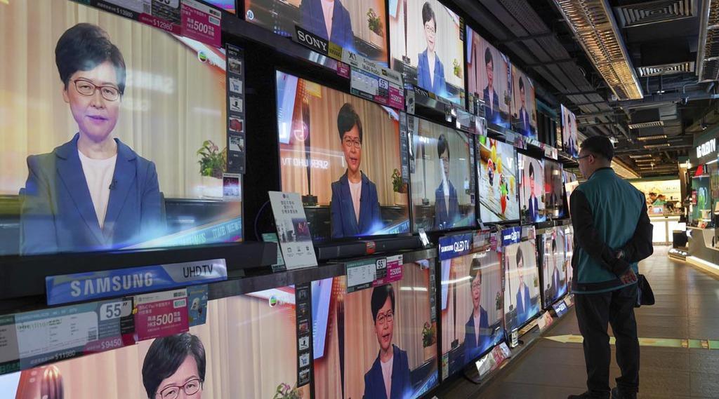 香港の林鄭月娥行政長官のテレビ演説