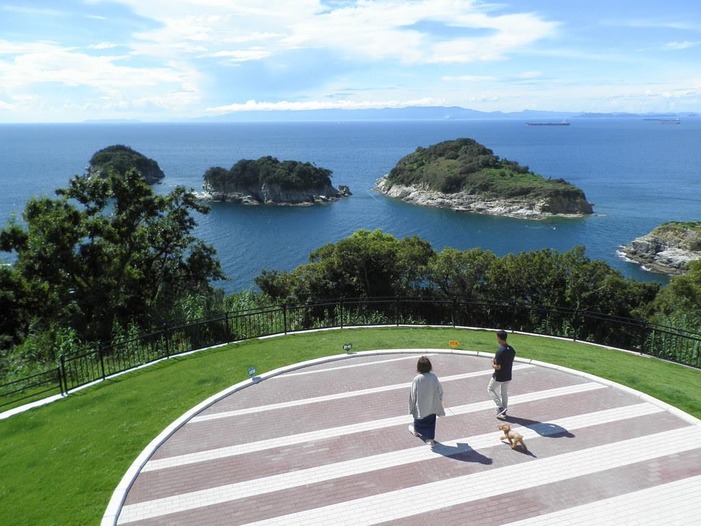 雑賀崎灯台に展望広場 新たな観光スポットに 和歌山