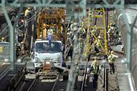 京急、2日ぶり全線運行へ 未明に事故車両撤去
