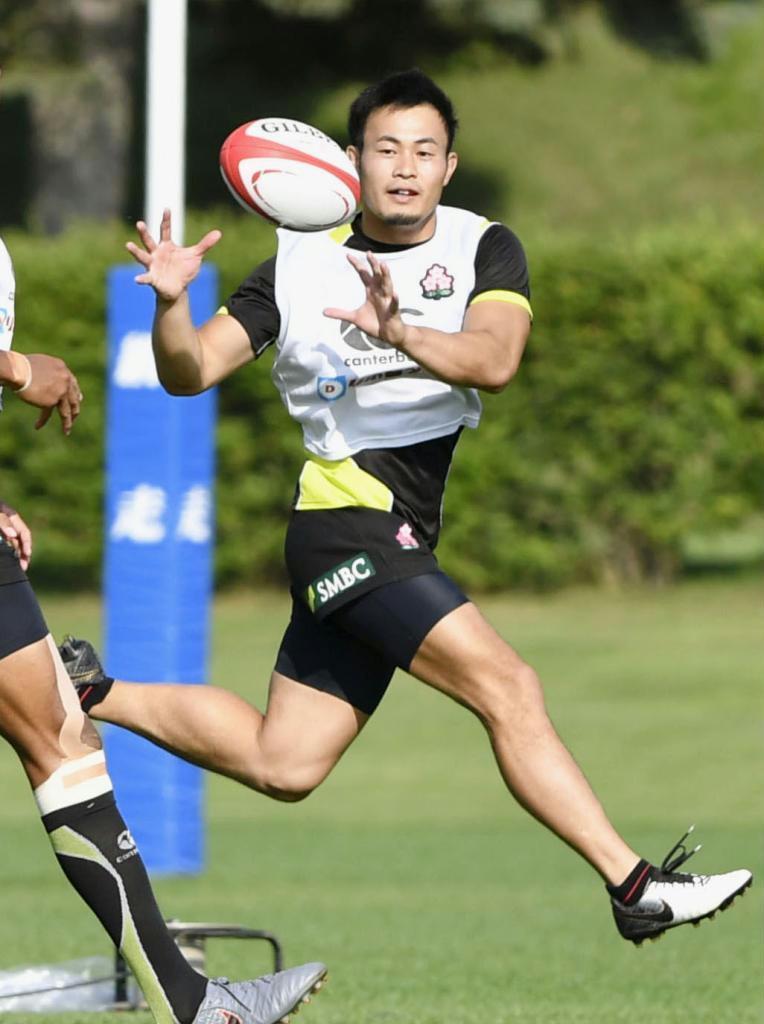 快足でトライ狙う 古賀出身のラグビーW杯日本代表・福岡堅樹