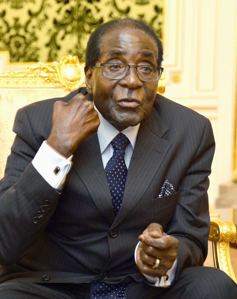 ジンバブエのムガベ前大統領=2016年3月、東京都港区