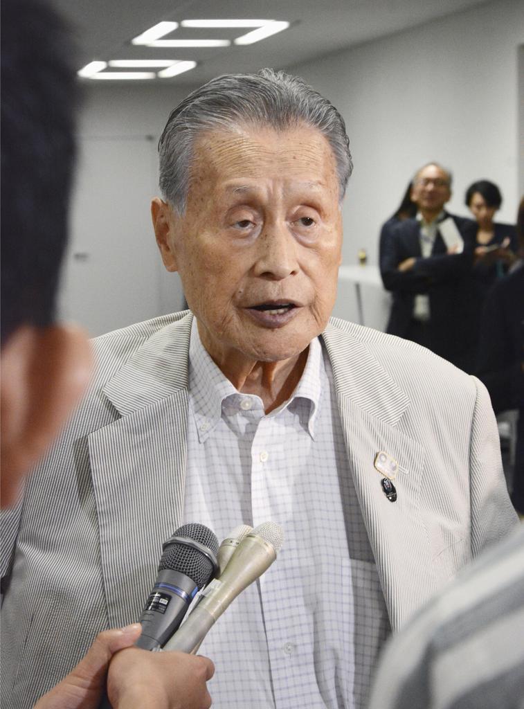 東京五輪・パラリンピック組織委の森喜朗会長=11日午後、東京都中央区
