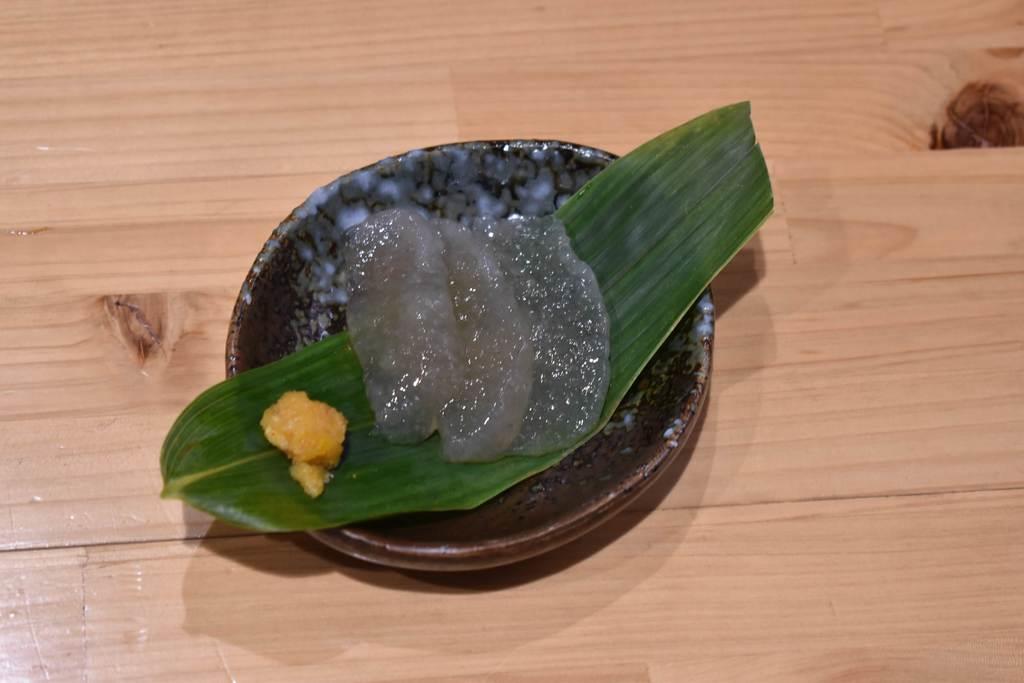 「おこんにゃく茶屋」で提供されている刺身こんにゃく。昔ながらの製法にこだわっている