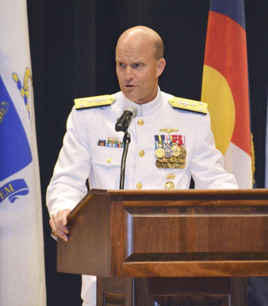 第7艦隊の司令官交代式であいさつするウィリアム・マーズ中将=12日午前、米海軍横須賀基地