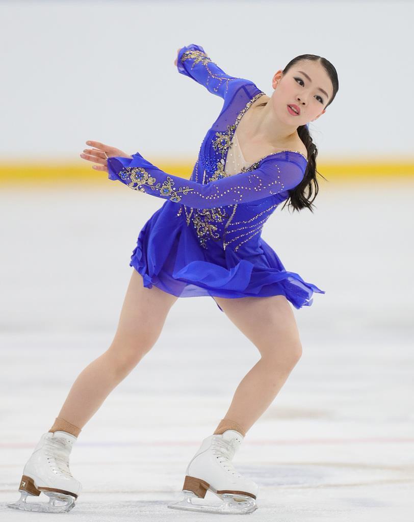 女子SPで演技する紀平梨花=カナダ・オークビル(桐原正道撮影)
