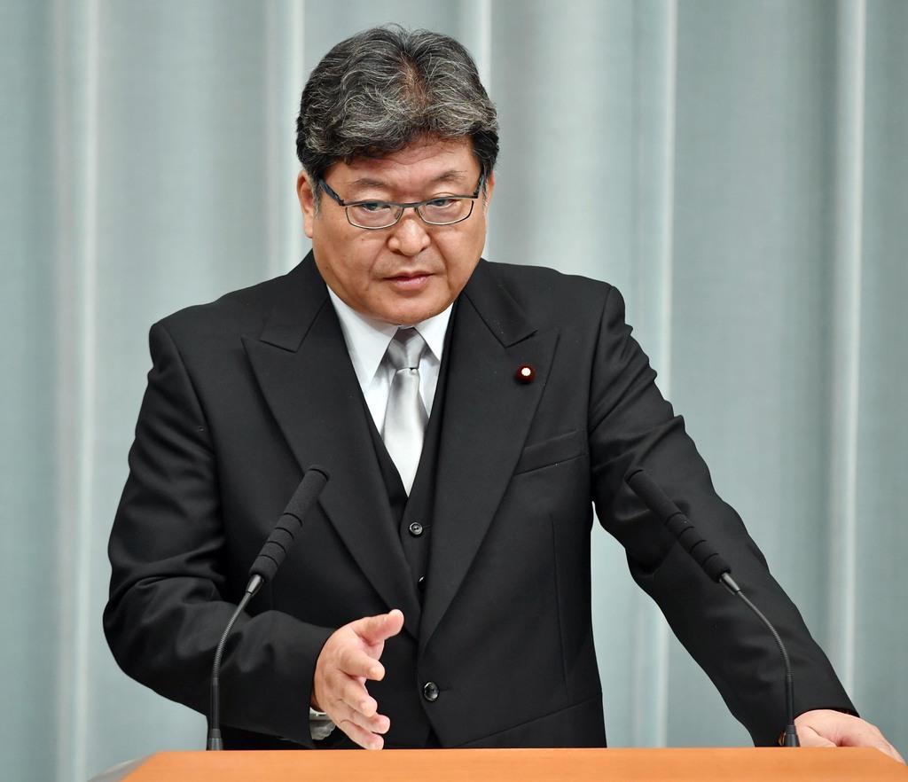 萩生田光一文部科学相=11日午後、首相官邸