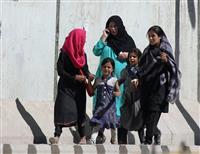 アフガンで爆発48人死亡 タリバンが犯行声明、大統領選妨害狙う