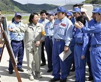 赤羽国交相「堤防などインフラ緊急対策、着実に」 西日本豪雨の岡山・真備町を視察
