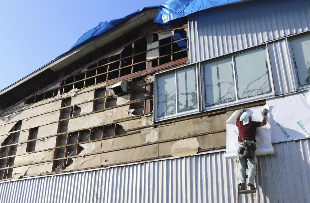 広域停電、なお2万戸 千葉、家屋被害も増加