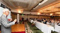 沈む韓国経済「反日で自滅」 群馬「正論」で田村秀男氏が講演