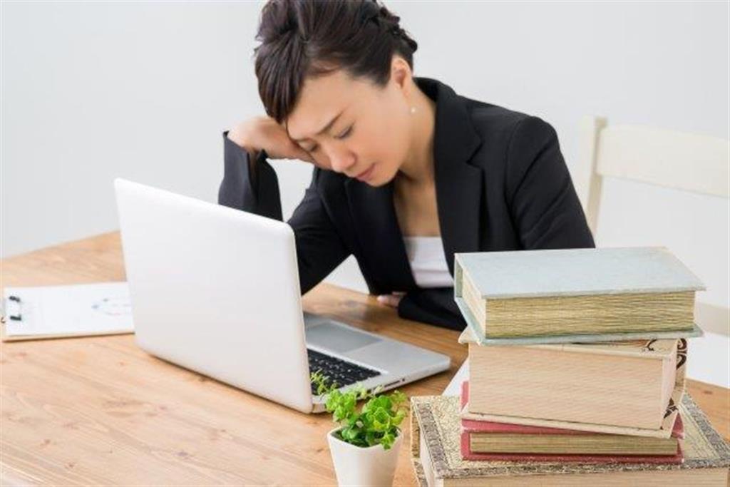 働き方改革の一方で、管理職の残業時間は……
