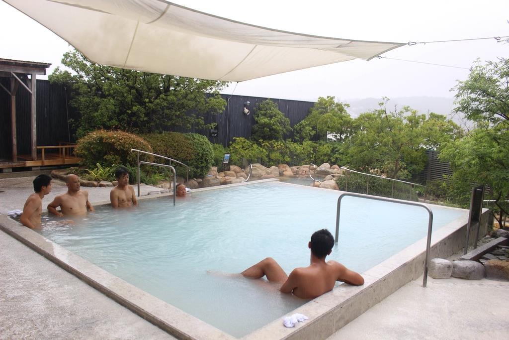 西日本上位のスーパー銭湯がひしめく兵庫県。施設の魅力はさまざまだ=神戸市垂水区の「月の湯舟」