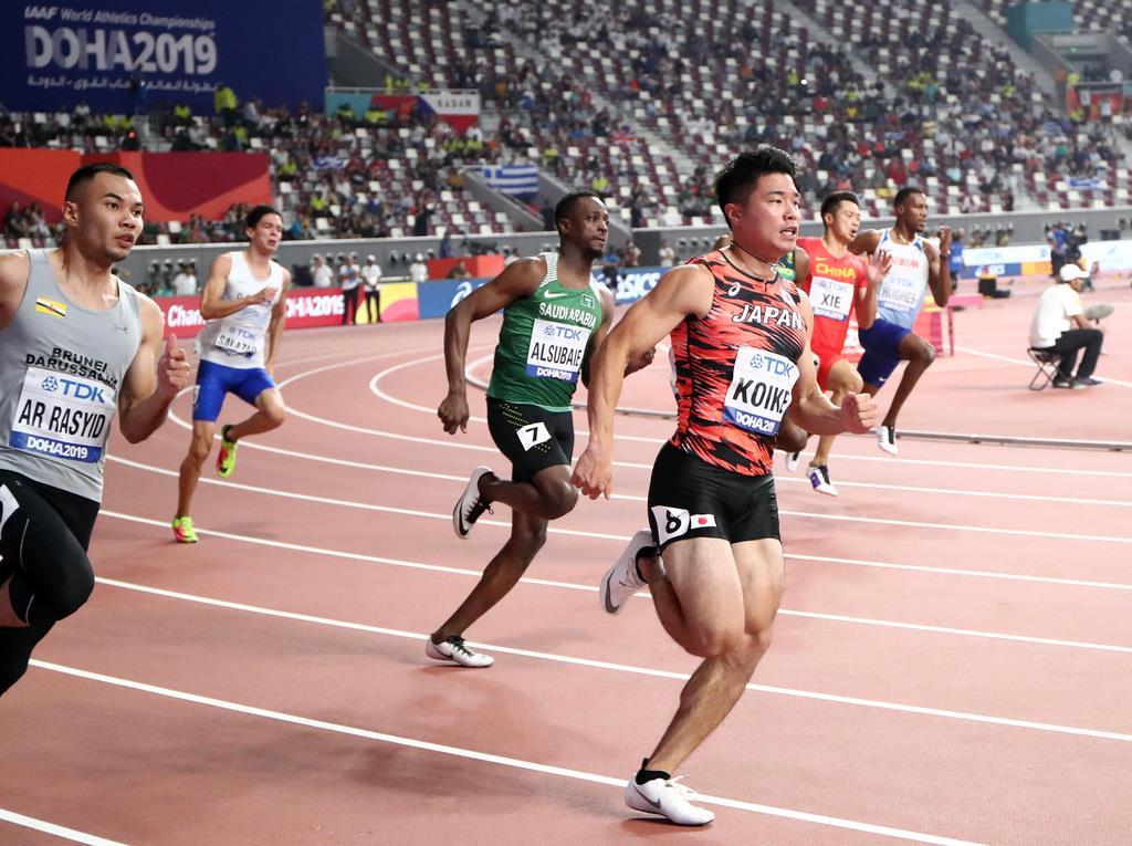 男子200メートル予選に出場した小池祐貴=29日、ドーハ(桐山弘太撮影)