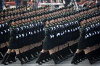 通行禁止、地下鉄運休…厳戒態勢で建国70年を迎えた北京