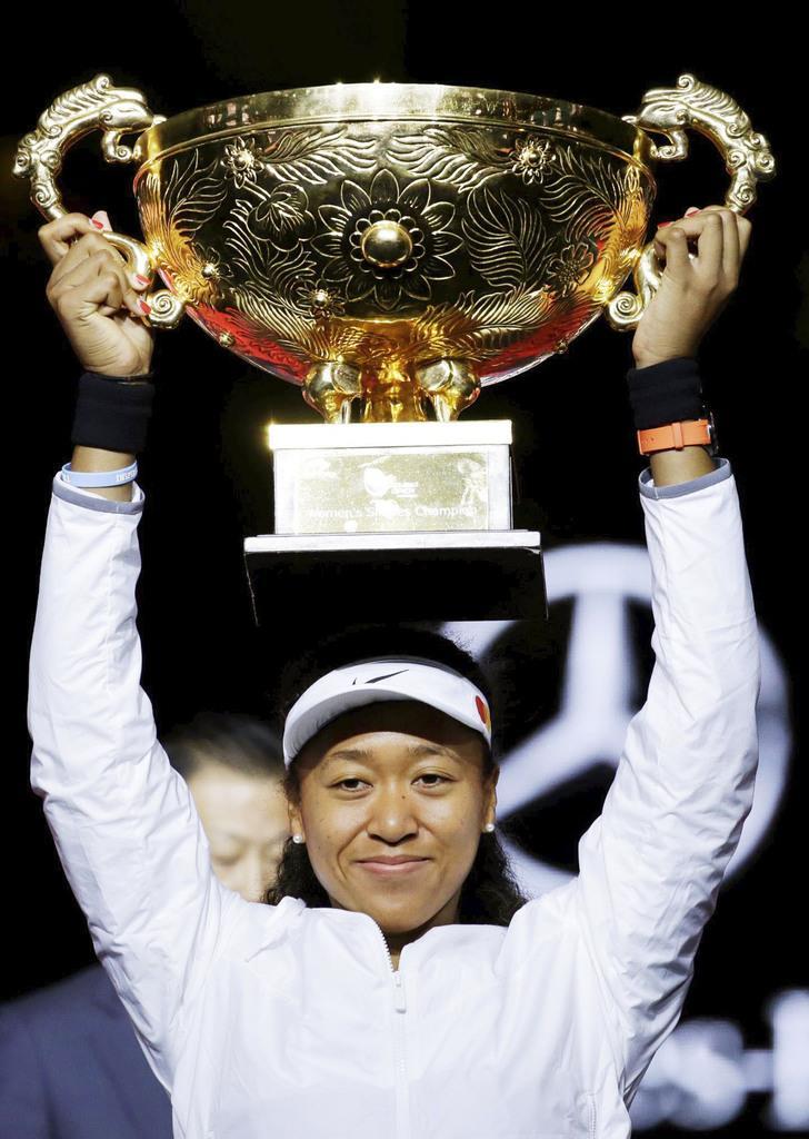 女子シングルス決勝でアシュリー・バーティを破り、今季3勝目を挙げた大坂なおみ=北京(ロイター)