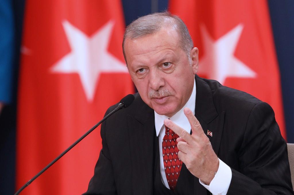 トルコのエルドアン大統領=10月7日、セルビア(ロイター)
