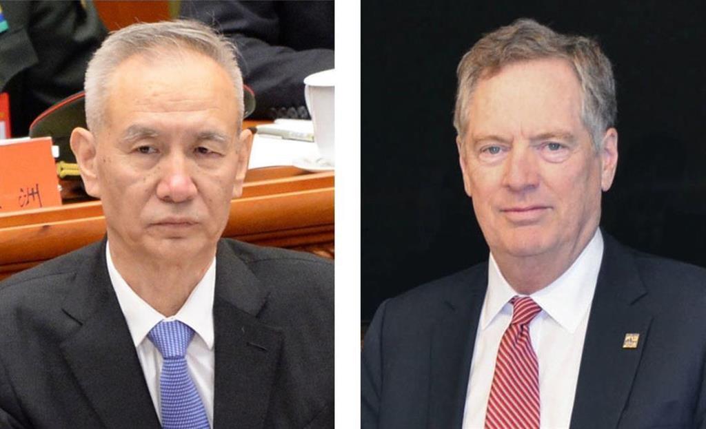 中国の劉鶴副首相(左)とライトハイザー米通商代表