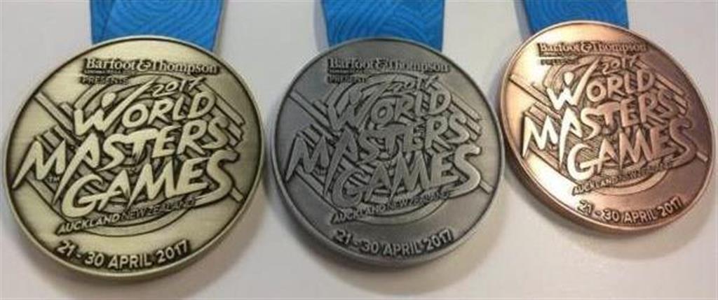 「ワールドマスターズゲームズ2017」オークランド大会のメダル(組織委員会提供)