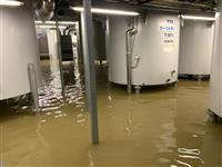 【台風19号】阿賀野川支流越水で貯蔵庫浸水、日本酒約5万本が出荷停止 新潟・麒麟山酒造