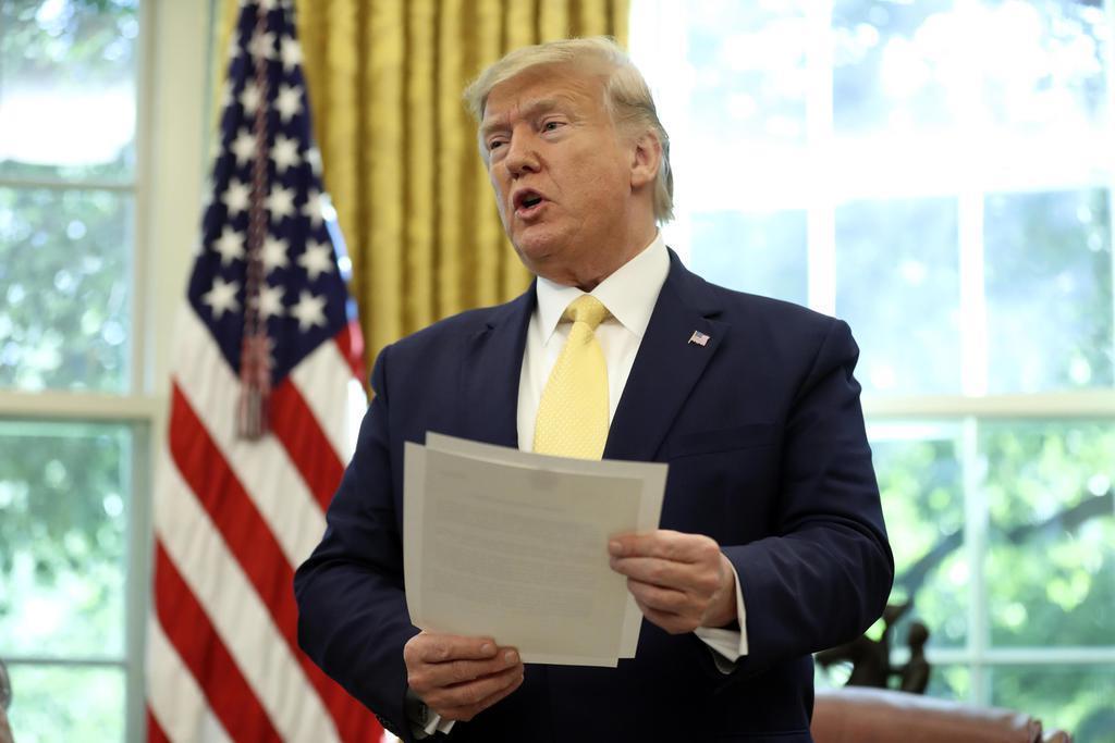 トランプ米大統領=11日、ワシントン(AP)
