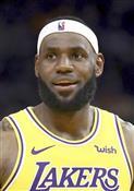 ジェームズ選手の発言が反発招く NBA香港デモ問題