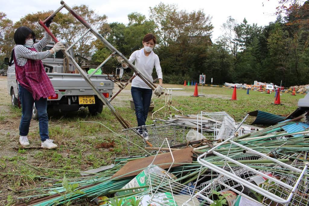 【台風19号】突風被害の市原、あふれる災害廃棄物 15号から…