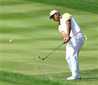 松山65で追い上げ3位、トーマスV 米男子ゴルフ