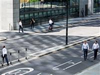 「強いビル風」のない街づくりを考えれば、高層建築のデザインが激変する:ロンドン中心部で…