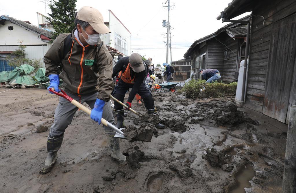 台風20号接近、大雨の可能性、被災地に影響も
