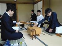 【将棋】注目の羽生九段対藤井七段、対局始まる 王将リーグ