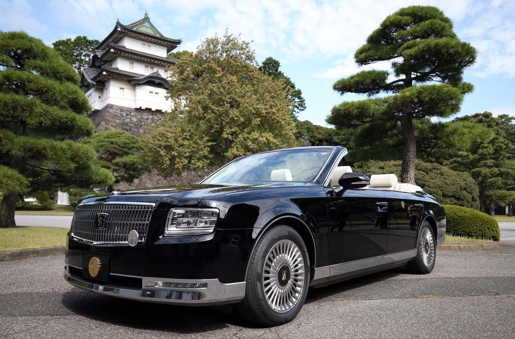 祝賀御列の儀で使用されるオープンカー=10月7日、東京都千代田区(佐藤徳昭撮影)